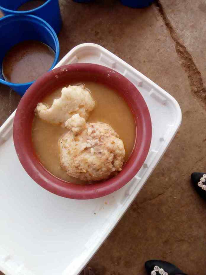 Kumasi: School Feeding Caterer sacked for serving poor foods at Ohwimase.