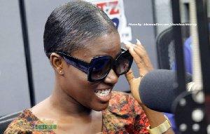 I don't live fake life to impress people – Fella Makafui