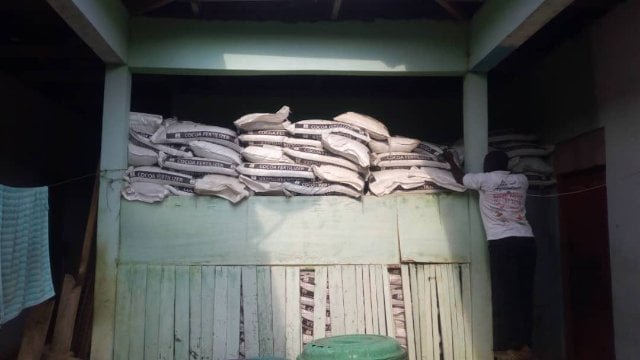 5 Arrested For Smuggling Over 4000 Bags Of Fertilizers