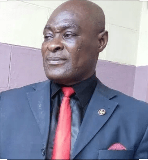 DON'T PLACE YOUR POSTERS ON OUR WALLS DISRESPECTFUL PERSON – DECHEMSO RESIDENTS WARN ASHANTI REGIONAL NADMO BOSS