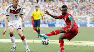 Asamoah Gyan scores in NorthEast United's draw with Mumbai City Kunle Fa