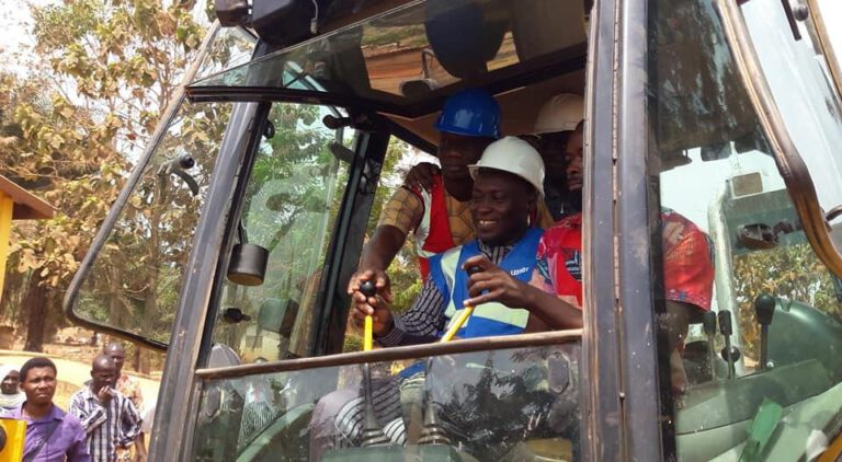 MANKRANSO WENT GRIDLOCK AS MP CUT SOD FOR THE CONSTRUCTION OF ULTRAMODERN NPP PARTY OFFICE